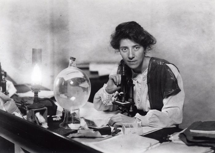 Photo Credit: https://it.wikipedia.org/wiki/Marie_Stopes