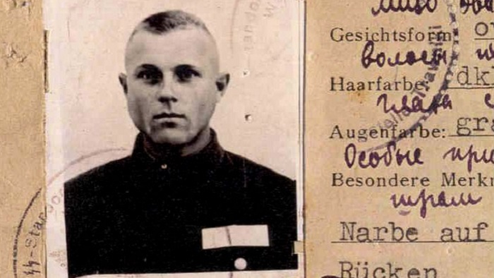 Photo Credit: http://www.cbsnews.com/news/ohio-auto-worker-or-nazi-man-stands-trial-for-27000-murders/