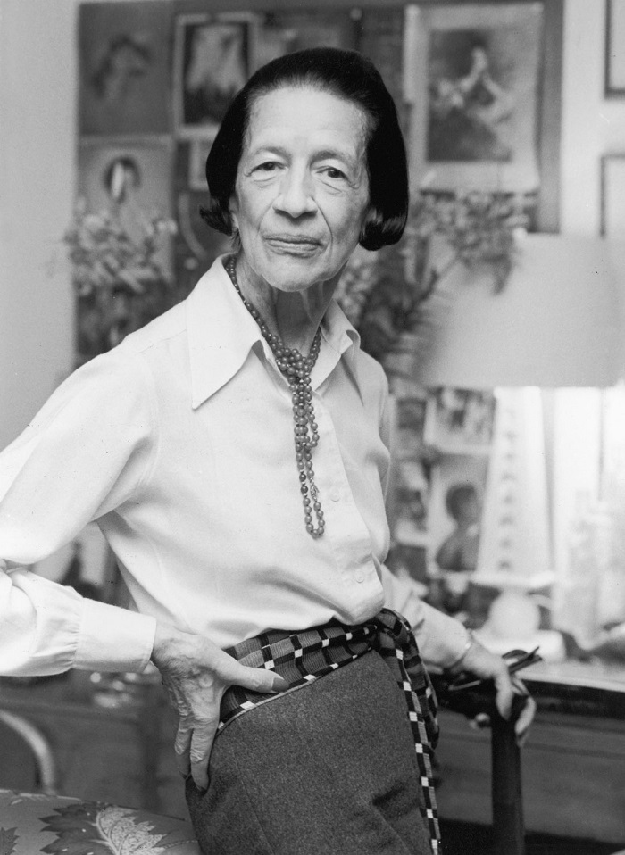 Photo Credit: http://waldina.com/2015/09/29/happy-112th-birthday-diana-vreeland/