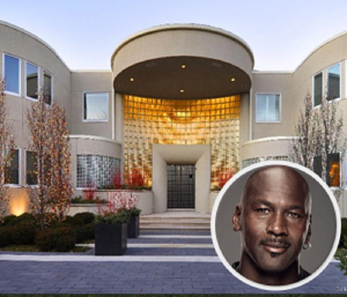 Photo Credit: http://chicago.cbslocal.com/2015/05/14/michael-jordan-highland-park-home-price-cut-again/