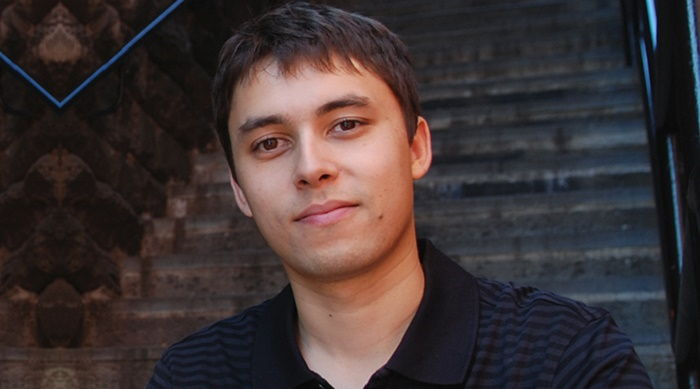 https://commons.wikimedia.org/wiki/File:Jawed_Karim_2008.jpg